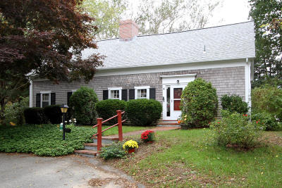 Dennis Single Family Home For Sale: 4 Bramble Lane