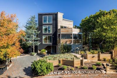 Provincetown Single Family Home For Sale: 11 Thistlemore Road