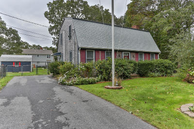 Falmouth Single Family Home Contingent: 28 Partridge Lane