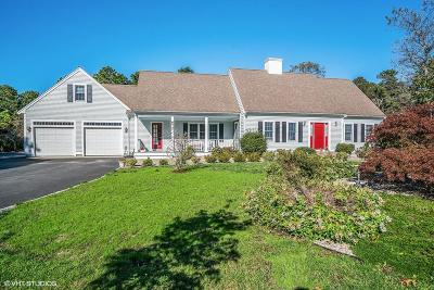 Yarmouth Single Family Home For Sale: 674 Route 6a