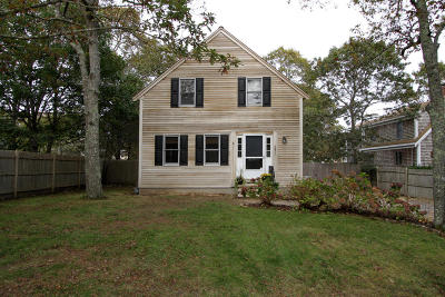 Harwich Single Family Home For Sale: 6 Brothers Lane