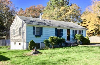 Barnstable Single Family Home For Sale: 99 Raspberry Lane