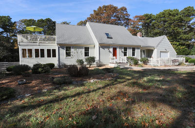 Eastham Single Family Home For Sale: 205 Queen Ann Drive