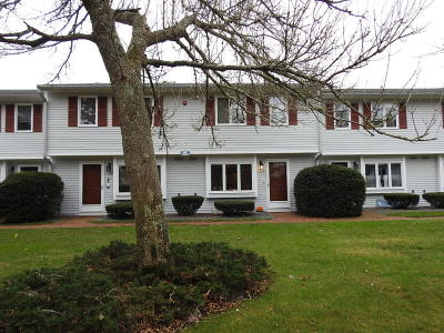 Mashpee Condo/Townhouse For Sale: 174 Lowell Road #K127