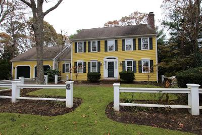 Barnstable Single Family Home For Sale: 34 Old Salem Way