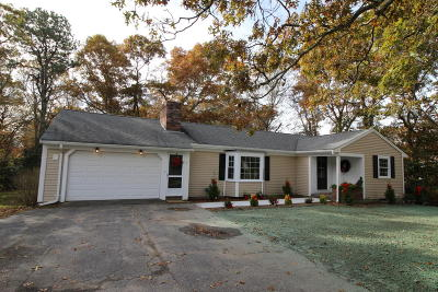 Barnstable Single Family Home For Sale: 1 Huckins Neck Road