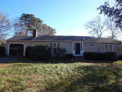 Barnstable Single Family Home For Sale: 144 Nottingham Drive