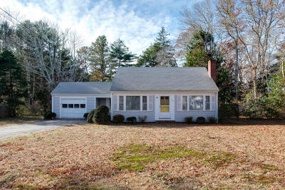 Falmouth Single Family Home For Sale: 394 Carriage Shop Road