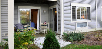Brewster Condo/Townhouse Contingent: 60 Fletcher Lane #D
