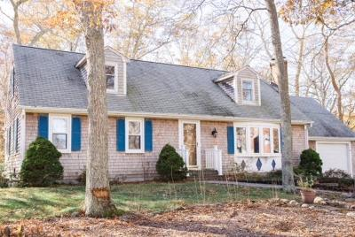 Sandwich Single Family Home For Sale: 26 Crowell Road