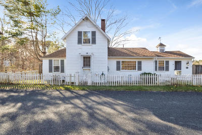 Barnstable Single Family Home For Sale: 45 Freezer Road
