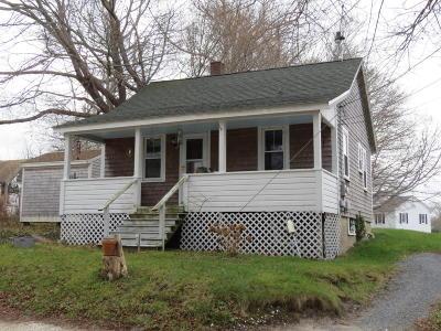 Wellfleet Single Family Home Contingent: 15 Harding Lane