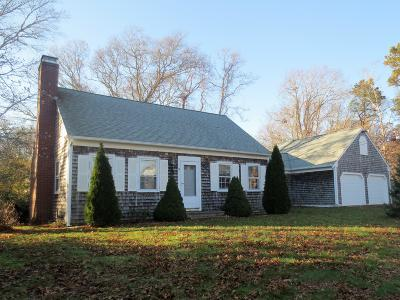 Barnstable Single Family Home For Sale: 17 Rustic Lane
