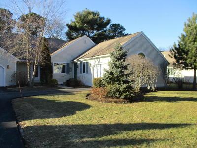 Mashpee Condo/Townhouse For Sale: 62 Pine Hill Boulevard #75