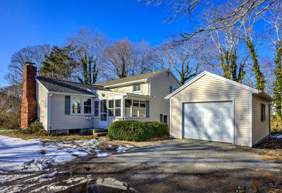 Barnstable Single Family Home For Sale: 48 Lantern Lane