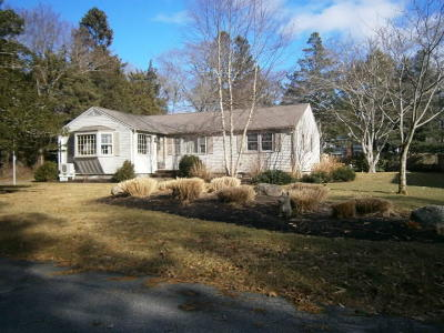 Barnstable Single Family Home For Sale: 38 Cedar Lane