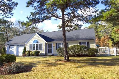 Mashpee Single Family Home For Sale: 22 Grant Breen Drive