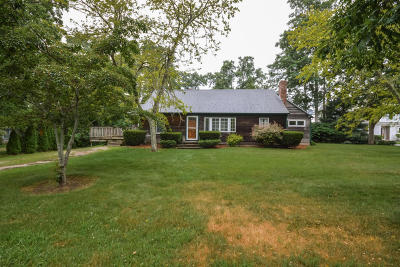 Falmouth Single Family Home For Sale: 842 West Falmouth Highway