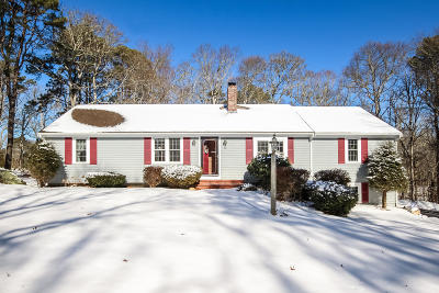 Falmouth Single Family Home Contingent: 16 Scott Drive