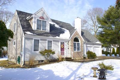 Falmouth Single Family Home For Sale: 303 Acapesket Road