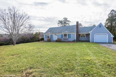 Barnstable Single Family Home For Sale: 148 Katherine