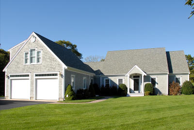 Harwich Single Family Home For Sale: 11 Captain Bearse Lane