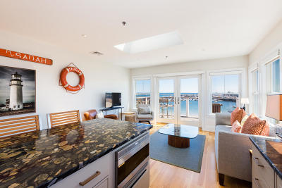 Provincetown Condo/Townhouse For Sale: 333 Commercial Street #R7