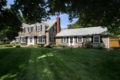 Orleans Single Family Home For Sale: 180 Main Street