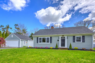 Barnstable Single Family Home For Sale: 28 Crosby Circle