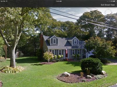 Bourne Single Family Home Contingent: 4 Crows Nest Drive