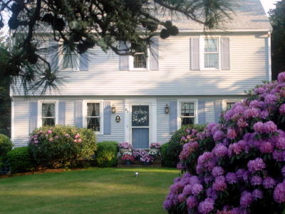 Falmouth Single Family Home For Sale: 83 Colonial Way