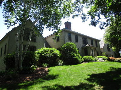 Barnstable Single Family Home For Sale: 71 Angela Way