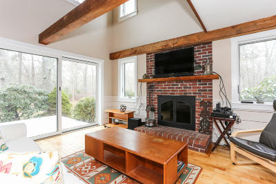 Barnstable Single Family Home For Sale: 563 Whistleberry Drive