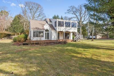 Barnstable Single Family Home For Sale: 190 Pleasant Pines Avenue