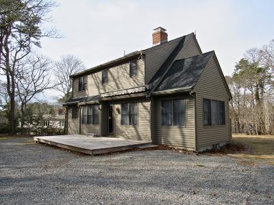 Eastham Single Family Home Active W/Contingency: 475 Schoolhouse Road