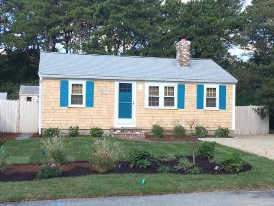 Dennis Single Family Home For Sale: 57 Bassett Lane