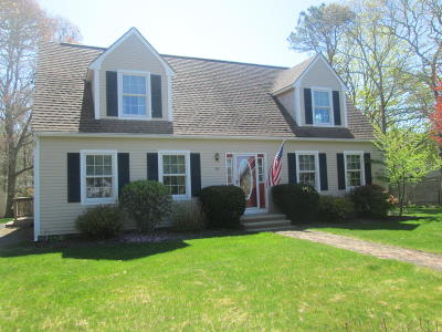 Barnstable Single Family Home For Sale: 88 Waterfield Road