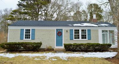 Dennis MA Single Family Home For Sale: $289,000
