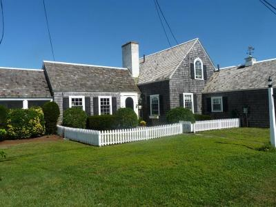Barnstable Single Family Home For Sale: 64 Short Beach Road