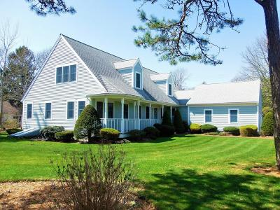 Yarmouth Single Family Home For Sale: 58 Cove View Drive