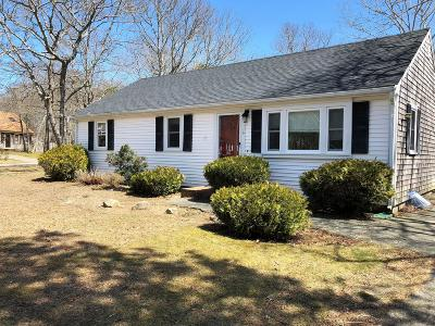Barnstable Single Family Home For Sale: 116 Lauries Lane