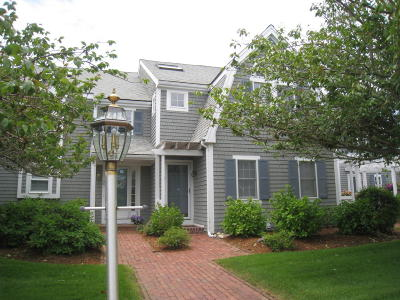 Barnstable Condo/Townhouse For Sale: 381 Ocean Street #Unit #3
