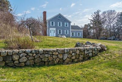 Barnstable Single Family Home For Sale: 151 Harbor Point Road