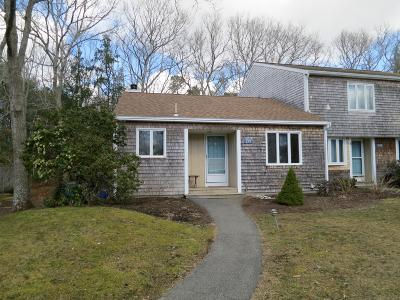 Falmouth Condo/Townhouse For Sale: 137 Strawberry Meadow #137