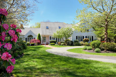 Barnstable Single Family Home For Sale: 81 Farm Valley Road
