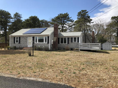 Yarmouth Single Family Home For Sale: 15 Scrimshaw Lane