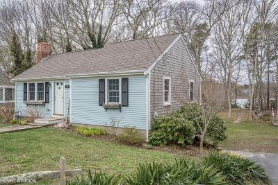 Harwich Single Family Home For Sale: 14 Skippers Drive