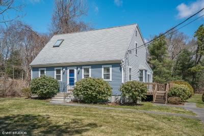 Bourne Single Family Home For Sale: 112 Barlows Landing Road