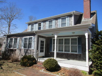 Chatham MA Single Family Home For Sale: $769,000