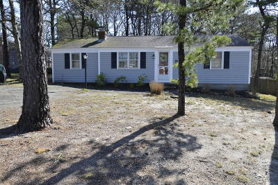 Dennis Single Family Home For Sale: 6 Alexander Drive